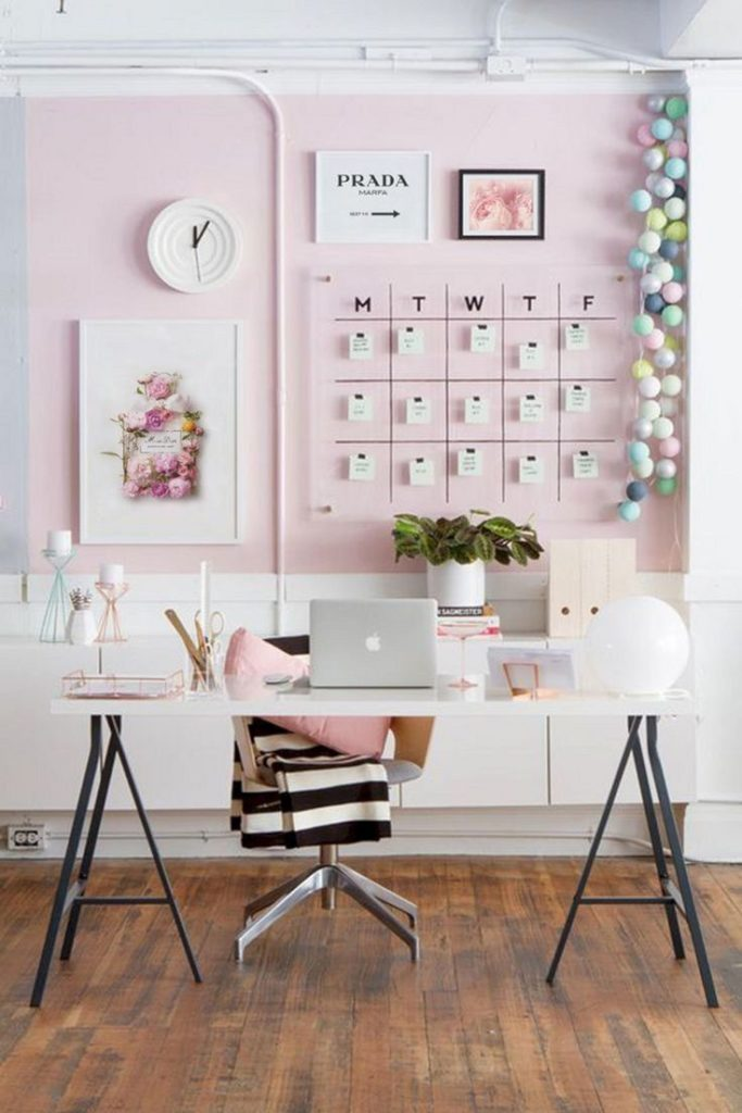24 Super Colorful Home Office Ideas That Make Working At Home Easier 19 | Award-Winning Interior Designers, Interior Decorators, Kitchen Designers, Bath Designers, Home Renovations, Window Treatments, & Custom Furniture D'KOR HOME by Dee Frazier Interiors | Interior Designer Dallas TX