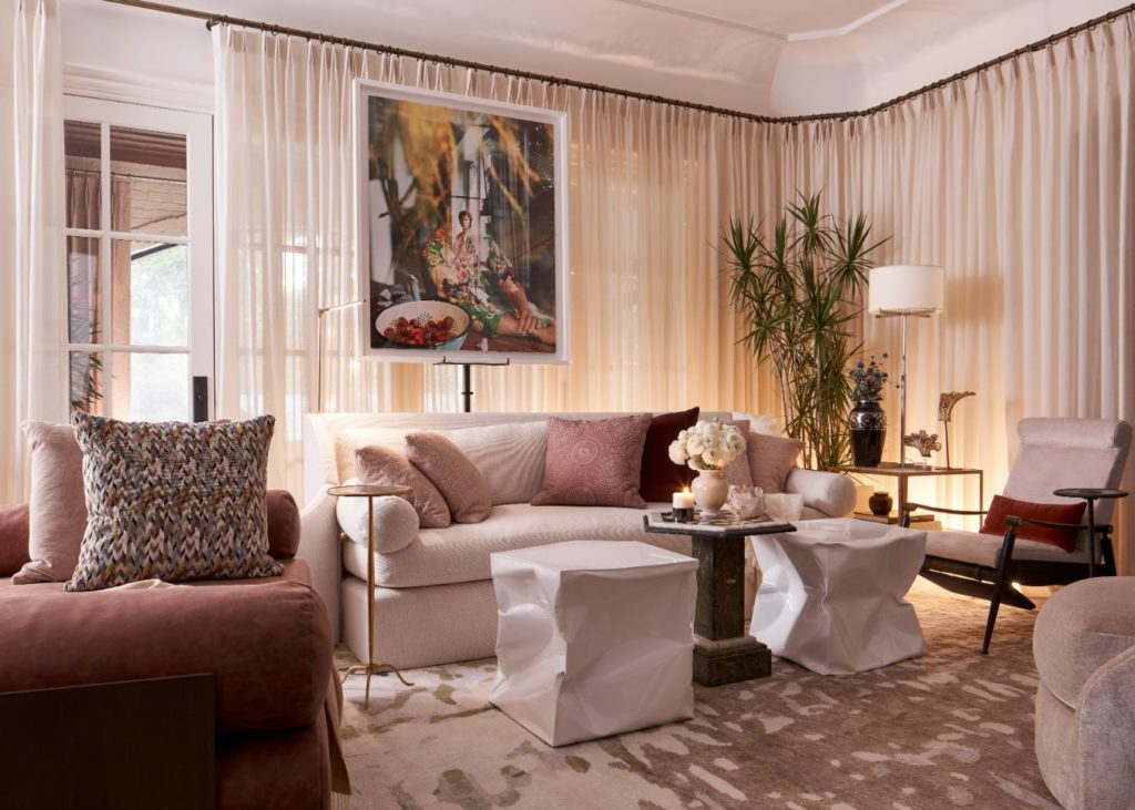 Most Comfortable Breakfast Nook & Keeping Room Ideas From Kips Bay Decorators Showhouse Designer Marcus Mohon, 2020 Kips Bay Designer Showhouse Dallas TX, dallas designers, dallas interior designers, interior designers in dallas tx, dallas tx decorators, interior decorators dallas tx, d'kor home, dkor home, dee frazier