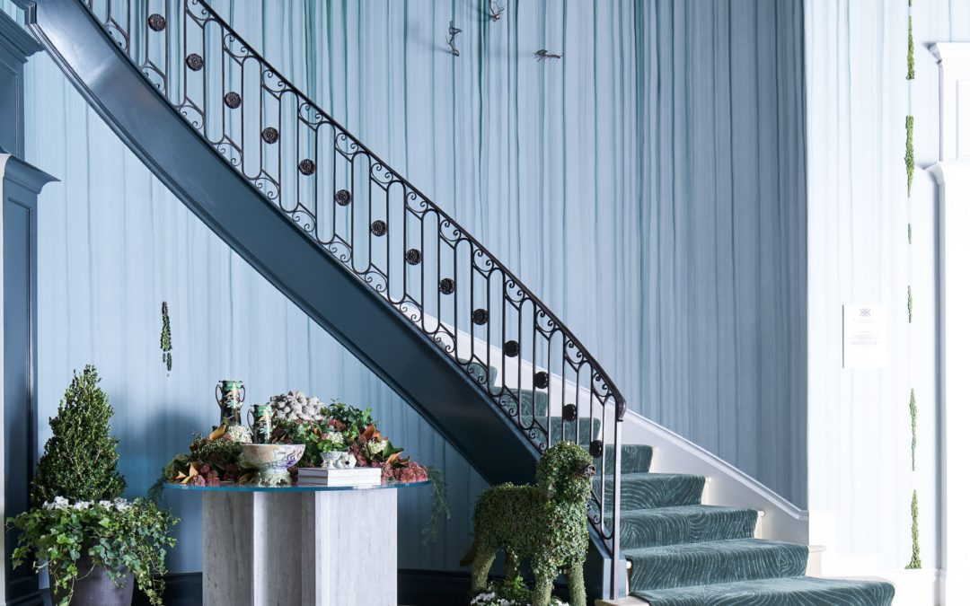 Dramatic Modern Magnolia Foyer Entryway Ideas by Rottet Studio for Kips Bay Designer Showhouse 2020 in Dallas TX